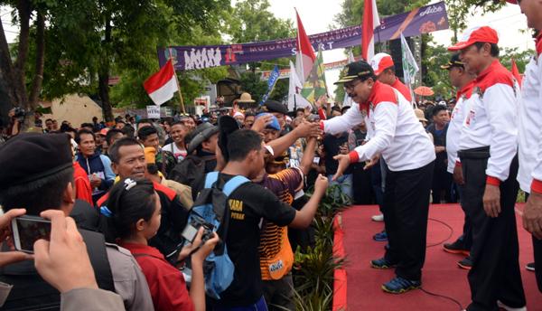 Gerak Jalan Mojokerto-Surabaya Bangkitkan Semangat Nasionalisme