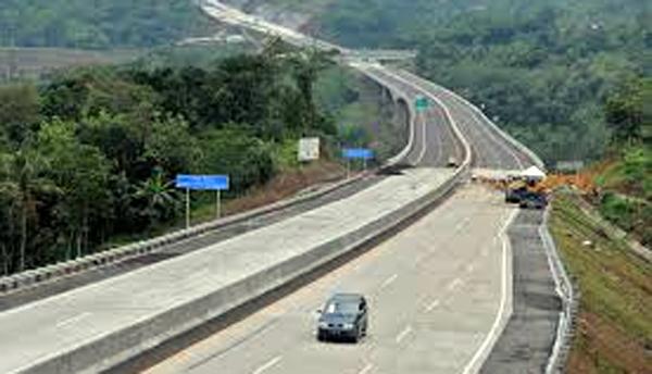Percepatan Pembangunan Tol,  Pemerintah Harus Bentuk Tim Khusus