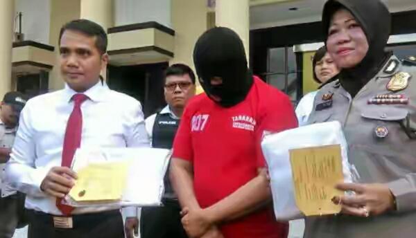 Layani Trisome, Wanita Panggilan Diciduk Polrestabes Surabaya