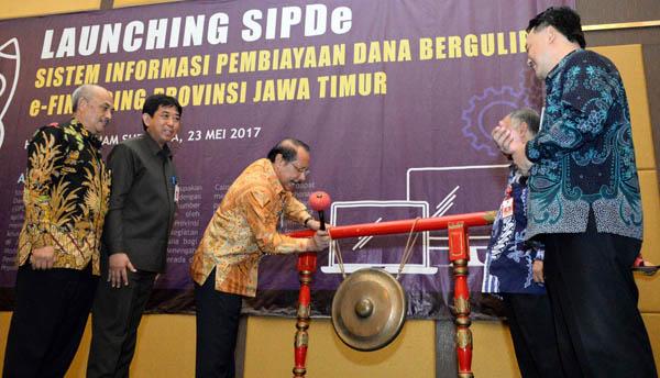 Permudah Akses Dagulir, Pemprov Jatim Launching Aplikasi SIPDe