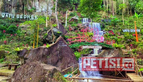 Wisata Alam Watu Gedhek Banyuwangi Butuh Perhatian Pemerintah