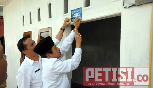 Bupati Yuswir Arifin Resmikan Rumah Program BSPS