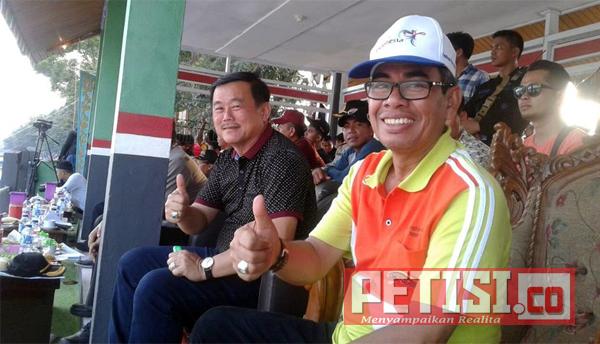 Ribuan Massa Hadiri Final Lomba Pacu Jalur Tradisional 2017 di Kuansing