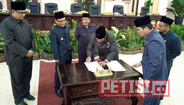 Bupati dan Pimpinan DPRD Banyuasin Sepakat KUA PPAS RAPBD-P Tahun 2017