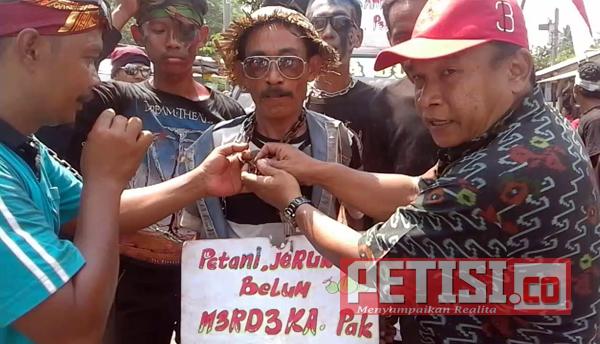 Kepala Desa Sidomekar Semboro Serukan Cinta Produk Lokal