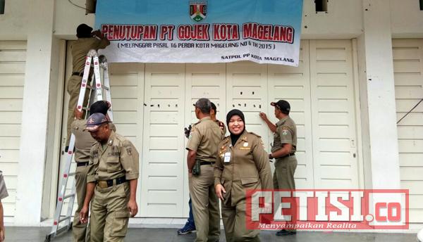 Tak Memiliki SIUP, Kantor Go-Jek Ditutup Satpol PP Kota Magelang