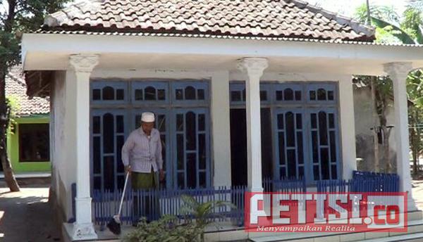 Dilempar Mercon, Atap Rumah Warga Krengi Rembang Hancur