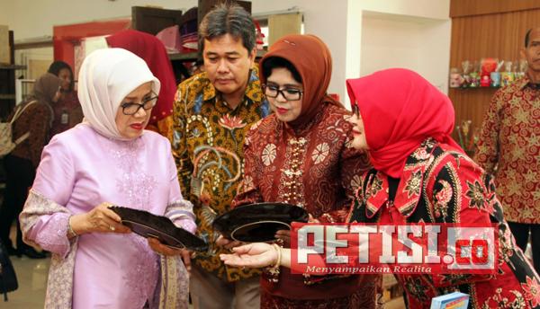 Ketua Dekranas Puji dan Apresiasi Produk Jawa Timur