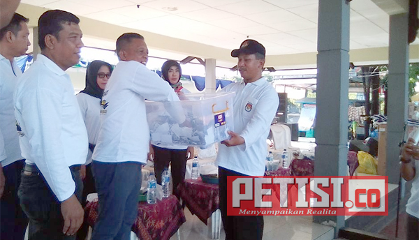 "KPU Pacitan Gelar Jalan Sehat ""Sadar Pemilu"""