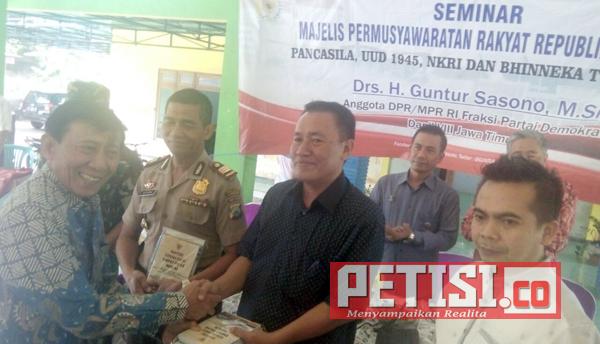 Fraksi Demokrat Selenggarakan Seminar Nasional Menuju Indonesia Emas 2045