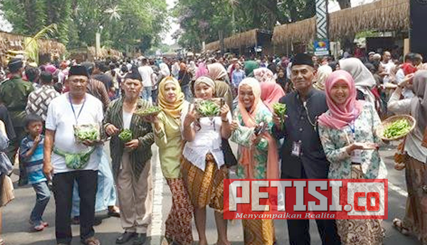 Edamame PT Mitratani Dua Tujuh Mbois Pada Festival Malang Tempo Doeloe