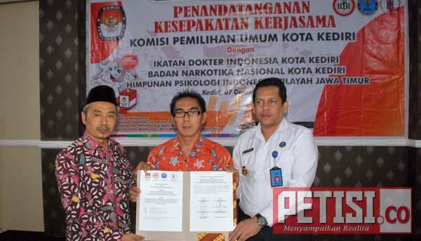 KPU Kota Kediri Lakukan MOU Tes Kesehatan Paslon Pilwali