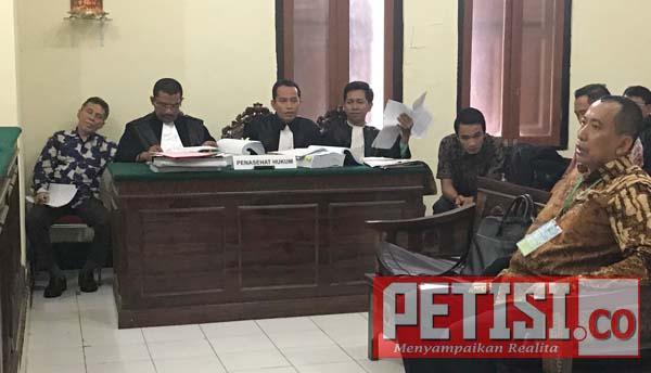 Keterangan Saksi Sidang Penipuan Dirut PT Globes Mbulet