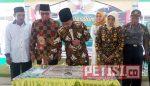 Bupati Jombang  Resmikan Gapura Balai Desa Plandaan