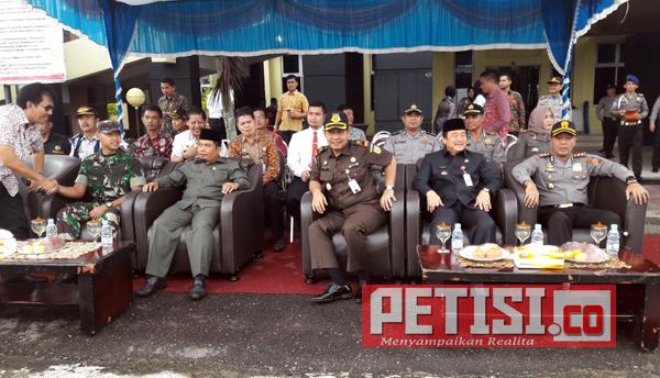 Kapolres Kuansing Pimpin Apel Gelar Pasukan Operasi Lilin Tahun 2017