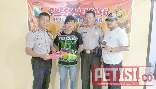Warga Peterongan Jual Pil Koplo di Jombang
