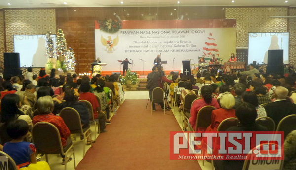 Perayaan Natal Nasional Dihadiri Ribuan Relawan Jokowi