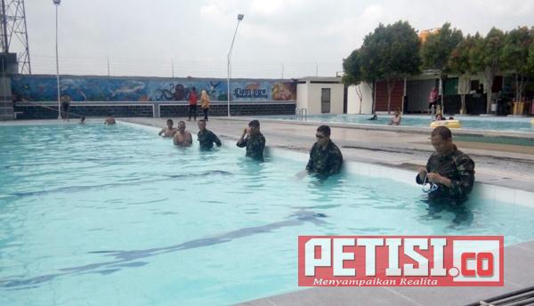Rutin Latihan Renang, Guna Jaga Fisik Prajurit TNI serta Ikuti Lomba