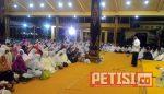 Ribuan Jamaah Dzikir dan Baca Al-Quran di Pendopo Kabupaten Jombang
