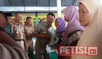 Bupati Bersama BPN Jombang Serahkan Sertifikat PTSL di Desa Puton
