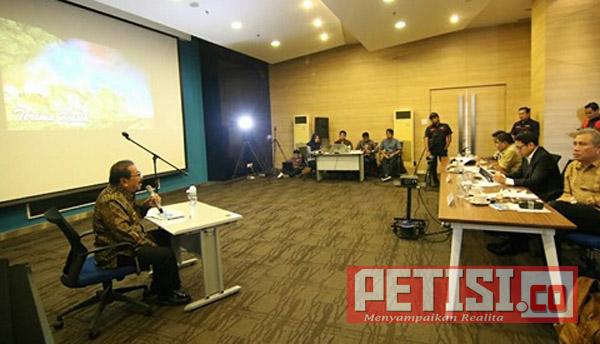 Pakde Karwo Paparkan Inovasi Pembiayaan Jatim di Hadapan Indonesia Visionary Leader