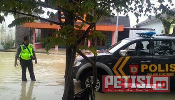 Banjir Bandang, Polsek Sukosewu Polres Bojonegoro Siagakan Anggota