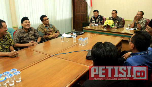 Pjs Bupati Setiajit  Dukung PSID Jombang Berkompetisi di Liga 3