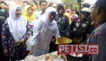 Khofifah Silaturahmi Dengan Pedagang Pasar Tanjung Mojokerto
