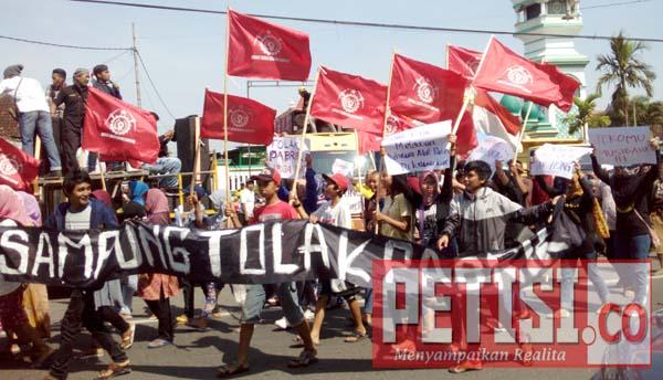 Kekisruhan di Ponorogo Bukti Bupati Tidak Peka