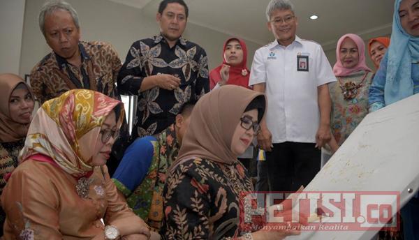 Tingkatkan Kualitas Batik, UKM Kerajinan Jatim Kunjungi Solo dan DIY