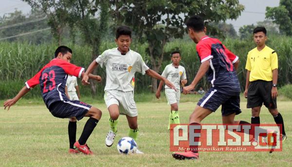 PSSI Kediri Gelar Piala Soeratin U-15 untuk Mencari Bibit Pemain Berbakat