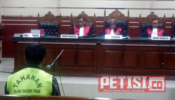 Pungli PKL,  Mantan Lurah Bubutan  Dituntut 3 Tahun