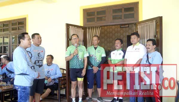 Pjs Bupati Jombang Sambut Rombongan Gowes LCC Mojokerto