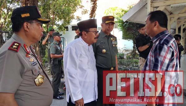 Gubernur: Lawan Terorisme