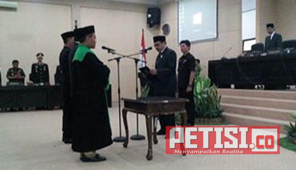 Sinol dan Rusdi Resmi Anggota DPRD Bondowoso