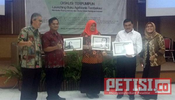 PTPN X  Berharap Agribisnis Tembakau  Ciptakan Lapangan Kerja Bagi Masyarakat