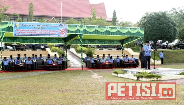 Wabup Halim Pimpin Upacara Harkitnas di Lapangan Pemda Kuansing