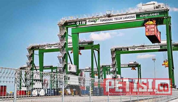 Pelindo III Perluas Terminal Container di Pelabuan Teluk Lamong