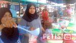 Hari Kedua Ramadhan, Pasar Bedug di Sijunjung Jadi Incaran Pembeli