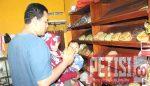 Jelang Lebaran Penjualan Kue Kering Raup Puluhan Juta Rupiah