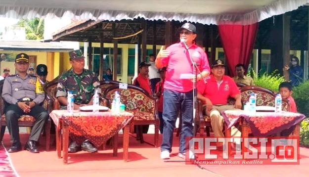 Permalink ke Bupati Berangkatkan Pawai Produk Unggulan Pertanian 'Blitar Agro Festival'