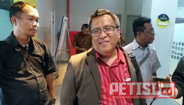 pengamat politik dari Universitas Airlangga (Unair) Surabaya, Yayan Sakti Suryandaru